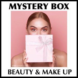 MYSTERY BOX BEAUTY MAKEUP SKINCARE A2C